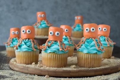 2. Kraken cupcakes